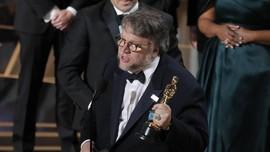 Guillermo del Toro Kembali Kalahkan Nolan di Oscar 2018