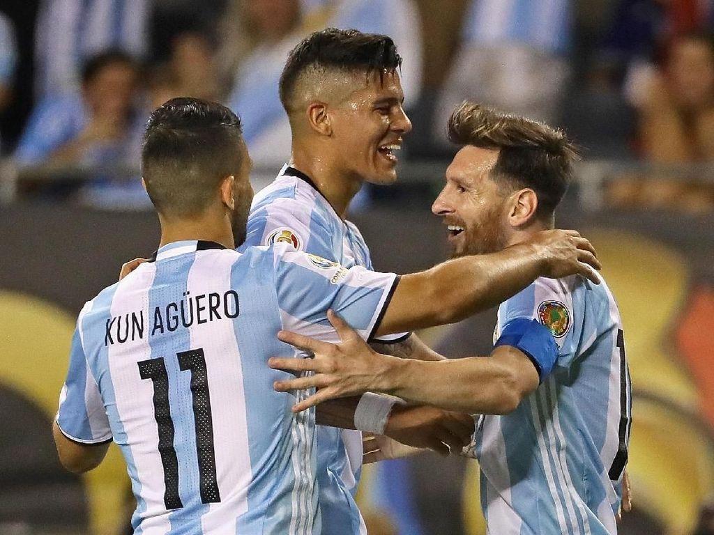 Puncaknya, Argentina menempati urutan pertama paling banyak dibicarakan di Twitter. Menurut kalian bagaimana?. Foto: Ryan Pierse/Getty Images