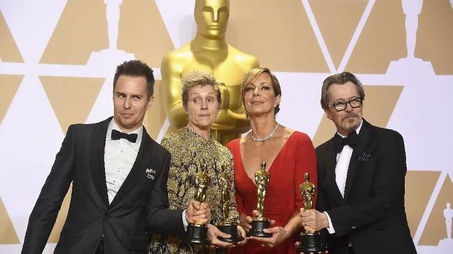 Para pemenang Oscar 2018 dari kiri ke kanan: Sam Rockwell, Aktor Pendukung Terbaik; Frances McDormand, Aktris Terbaik; Allison Janney, Aktris Pendukung Terbaik; Gary Oldman, Aktor Terbaik.(Frazer Harrison/Getty Images/AFP)