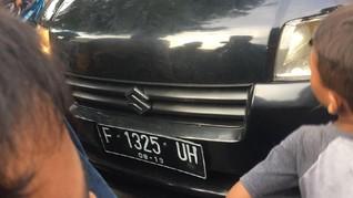 Pencuri Mobil Ugal-Ugalan Tabrak Pengguna Jalan di Paseban