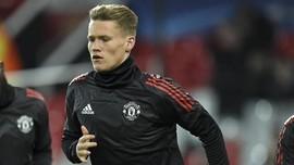 Gelandang Man United McTominay Menolak Timnas Inggris
