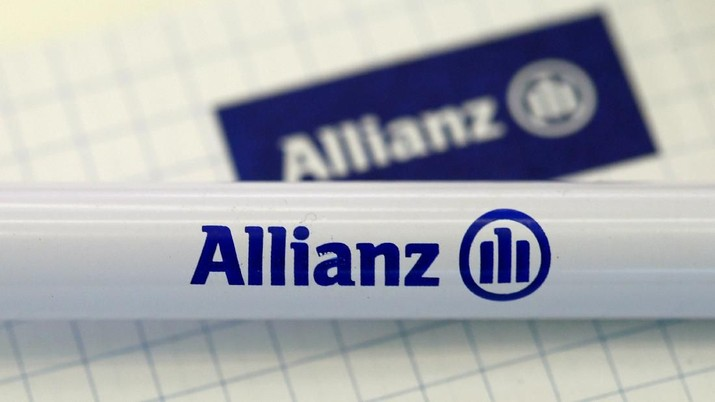 FILE PHOTO -  The company logo of German insurer Allianz SE is pictured before an annual news conference in Munich, Germany, February 19, 2016.    REUTERS/Michaela Rehle/File Photo                           GLOBAL BUSINESS WEEK AHEAD         SEARCH GLOBAL BUSINESS FOR ALL IMAGES?
