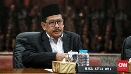 Wakil Menag: Tak Ada Niat Kaitkan Cadar dengan Radikalisme