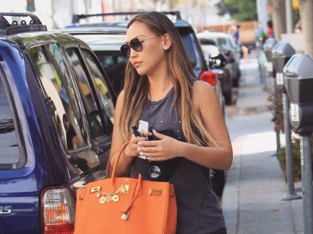Foto: Gaya Mewah Anak Miliuner Amerika yang Suka Pakai Tas Hermes