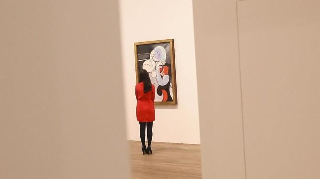 Lahir pada 25 Oktober 1981, Pablo Picasso sudah menunjukkan bakatnya sejak dini.Ia pun tumbuh dan dikenal sebagai seniman paling berpengaruh di abad ke-20. (REUTERS/Simon Dawson)