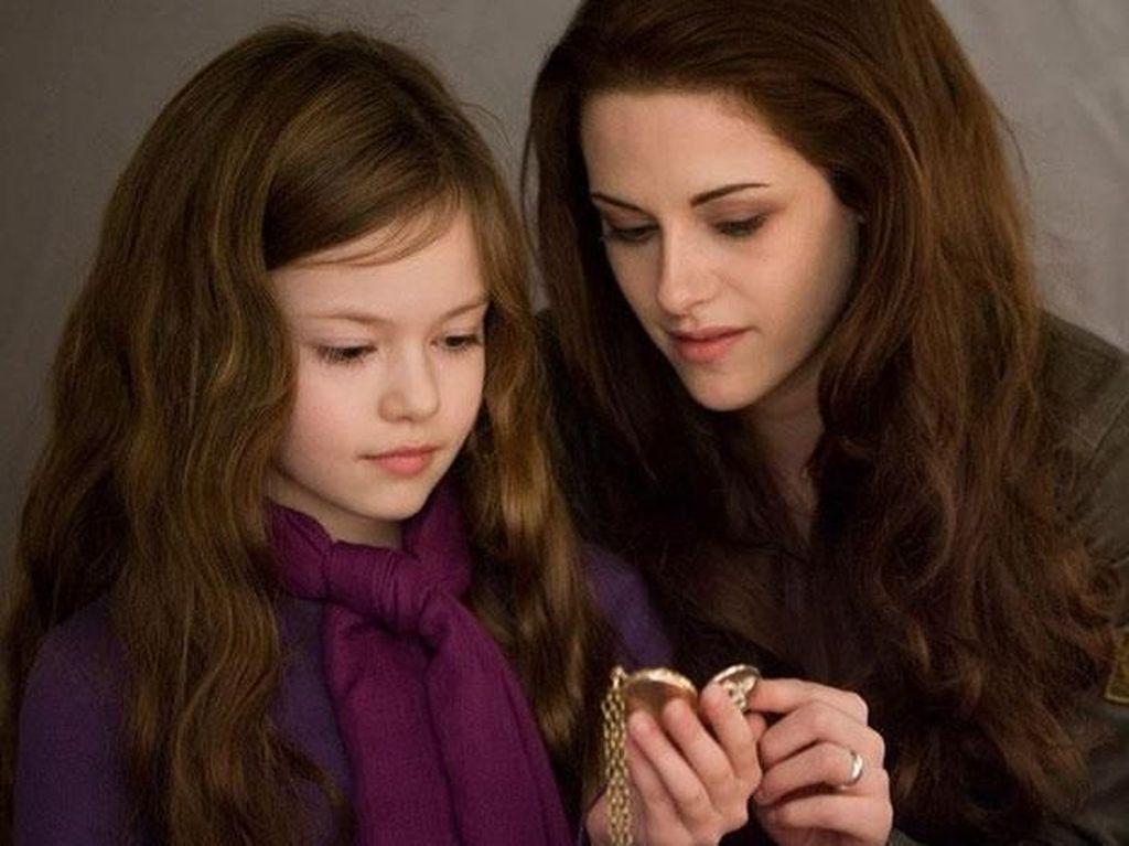 Makin Dewasa, Penampilan Anak Bella di Film Twilight Ini Bikin Jatuh Hati
