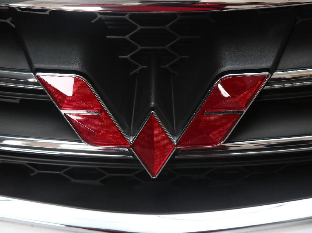 3 Mobil Wuling yang Bikin Nissan Kesalip