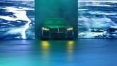 New BMW Concept M8 Gran Coupe debut dunia di Geneva International Motor Show 2018. Desain eksteriornya menandakan mobil yang agresif dan siap memacu adrenalin bagi siapapun berada di balik kemudinya. (AFP PHOTO/HAROLD CUNNINGHAM)