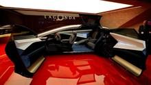 Lepas Saham, Aston Martin Ingin Saingi Ferrari