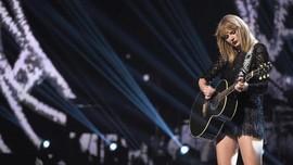 Kejenuhan Taylor Swift dan Tarian Heboh di Video 'Delicate'