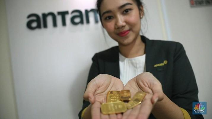 Harga emas logam mulia acuan yang diproduksi PT Aneka Tambang Tbk dalam sepekan terakhir bergerak cenderung fluktuatif.