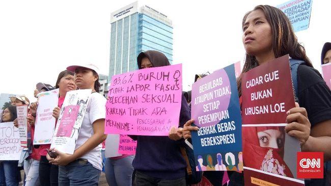 Aksi Hari Perempuan Internasional Ikut Suarakan Hak Bercadar