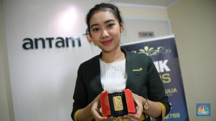 Harga emas acuan yang diproduksi PT Aneka Tambang Tbk (ANTM) masih stagnan.
