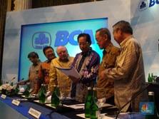 3 Direksi BCA Borong Saham BBCA Miliaran Rupiah