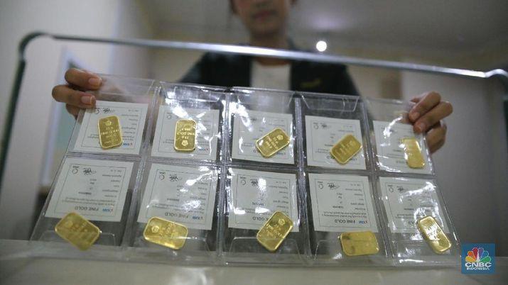 Harga Emas Antam Turun Rp 3030 Per Gram
