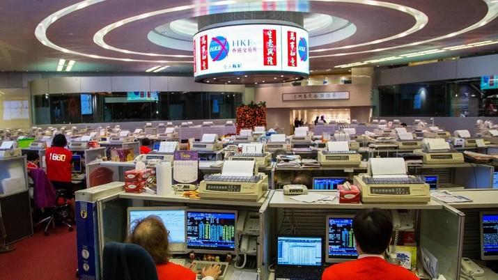 Bursa Hong Kong Anjlok 2,81%