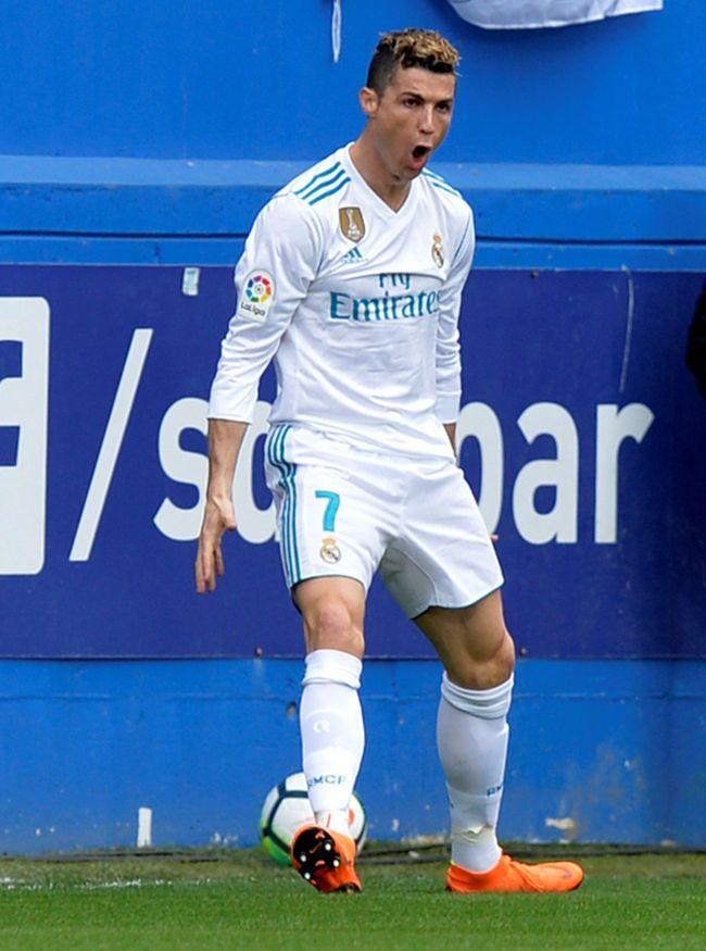 Main Lebih Sedikit Ronaldo Lebih Tajam Dari Messi
