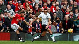 Manchester United Unggul 2-0 Atas Liverpool di Babak Pertama