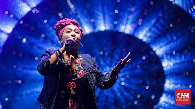 The Groove menggoyang panggung dengan lagu-lagunya yang populer di era '90-an.