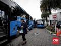 Hanya 78 Orang Naik Bus Premium di Hari Pertama Ganjil Genap