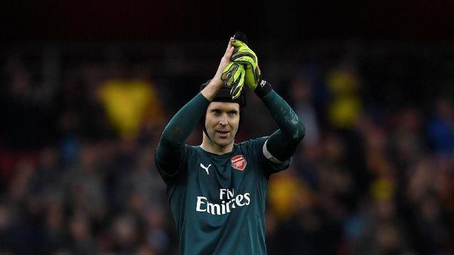 Setelah 20 Tahun Berkarier, Petr Cech Pensiun di Arsenal