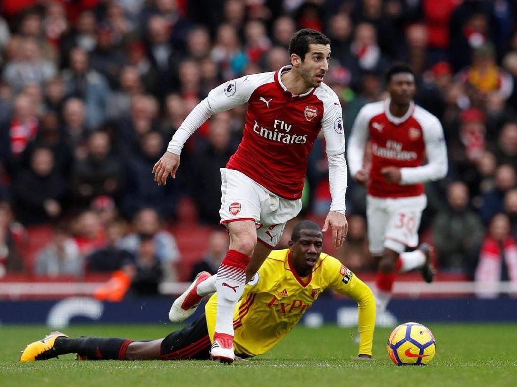 Henrikh Mkhitaryan (Arsenal), gelandang serang. Mkhitaryan membuat assist dalam gol kedua ke gawang Watford lalu mencetak terakhir Arsenal dalam skor 3-0. (Foto: Eddie Keogh/Reuters)