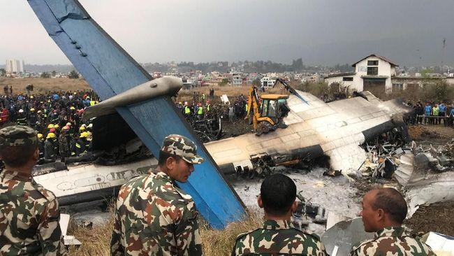 Pesawat Bangladesh Tergelicir di Nepal, Sejumlah Korban Tewas