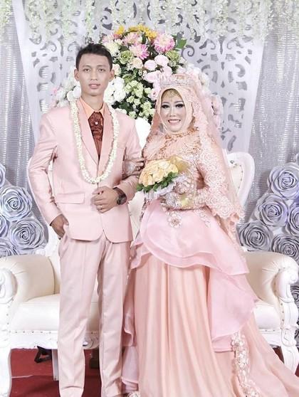 Viral Curhat Haru Istri Ditinggal Suami, Bukti Cinta Sejati Itu Ada
