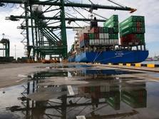 Impor 'Hancur Lebur', Neraca Dagang Mei Surplus US$ 2,09 M