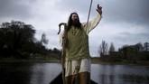 Santo Patrick merupakan sosok di balik tegaknya salib di bumi Irlandia yang semula beragama Pagan. Ia datang pertama kali ke Irlandia pada abad ke-16. (REUTERS/Clodagh Kilcoyne)