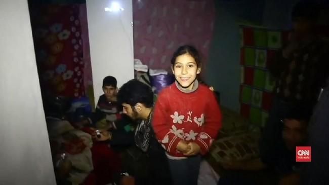 VIDEO: Para Pengungsi Ghouta yang Takut Keluar ke Permukaan