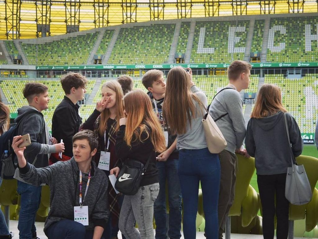 Seperti kebanyakan stadion di Eropa, Stadion Energa Gdansk juga menyediakan tur keliling stadion. Foto: Instagram @stadionenerga