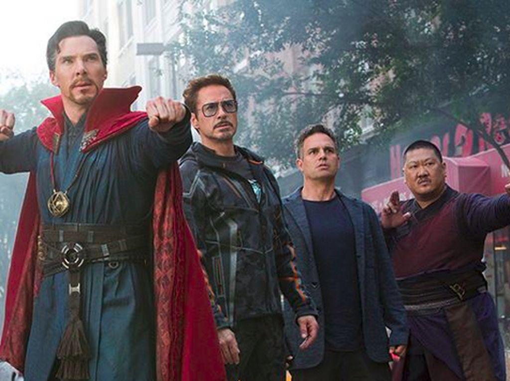 Film ini melibatkan superhero lain di antaranya Doctor Strange, Iron Man, hingga Hulk. Foto: (RussoBrothers IG)