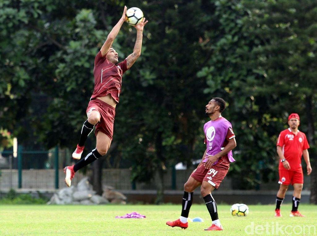 Persija kini berada di posisi ketiga klasemen dengan empat poin, kalah selisih gol dari Johor Darul Tazim yang punya poin sama dan berada di posisi kedua. Song Lam Nghe An memuncaki Grup H dengan tujuh poin.