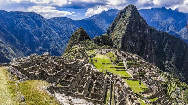 Memandang Machu Picchu dari Kereta 360 Derajat