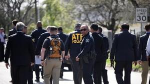Bom Kelima Meledak di Texas, Penyidik Kebingungan