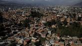 Mereka ingin meninggalkan Venezuela yang tengah dilanda krisis ekonomi akibat hiperinflasi dan pindah ke negara-negara tetangga. (REUTERS/Carlos Garcia Rawlins)