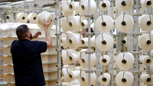 PBRX SRIL Derita Sritex Pembuat Seragam NATO & Pan Brothers Bagi Adidas