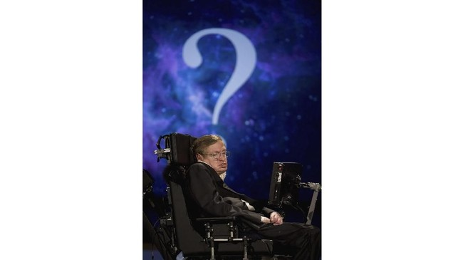 Salah satu teori ilmiahnya yang paling terkenal adalah teori alam semesta yang tak terbatas atau dikenal juga dengan 'Hartle-Hawking State'.(dok. AFP PHOTO / Anthony WALLACE)