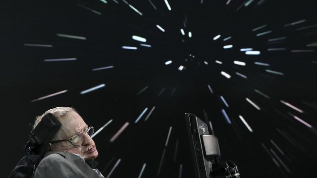 Stephen Hawking Gemar Nebeng Mobil Tetangga