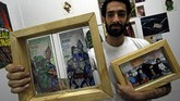 Sama seperti Rojas, karya Leon dijual ke luar negeri dan dihargai $20 atau sekitar Rp273 ribu. (AFP Photo/George Castellanos)
