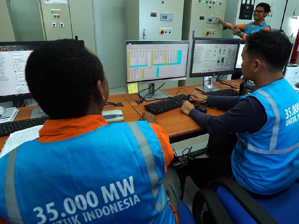Pembangkit milik PLN yang memiliki empat unit mesin ini masing-masing berkapasitas 9,7 MW dimana unit terakhir telah memperoleh Sertikat Laik Operasi (SLO) pada Februari 2018, sedangkan tiga unit lainnya telah memperoleh SLO pada Desember 2017. Agus Trimukti/Humas PLN.