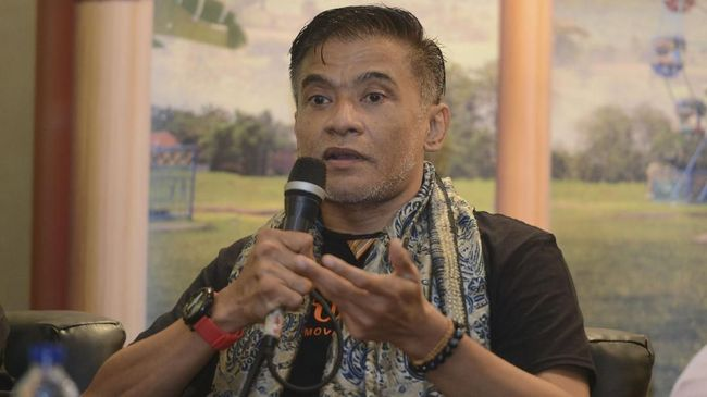 Donny Damara Ambil Peran 'Guru Ngaji' karena 'Seksi'
