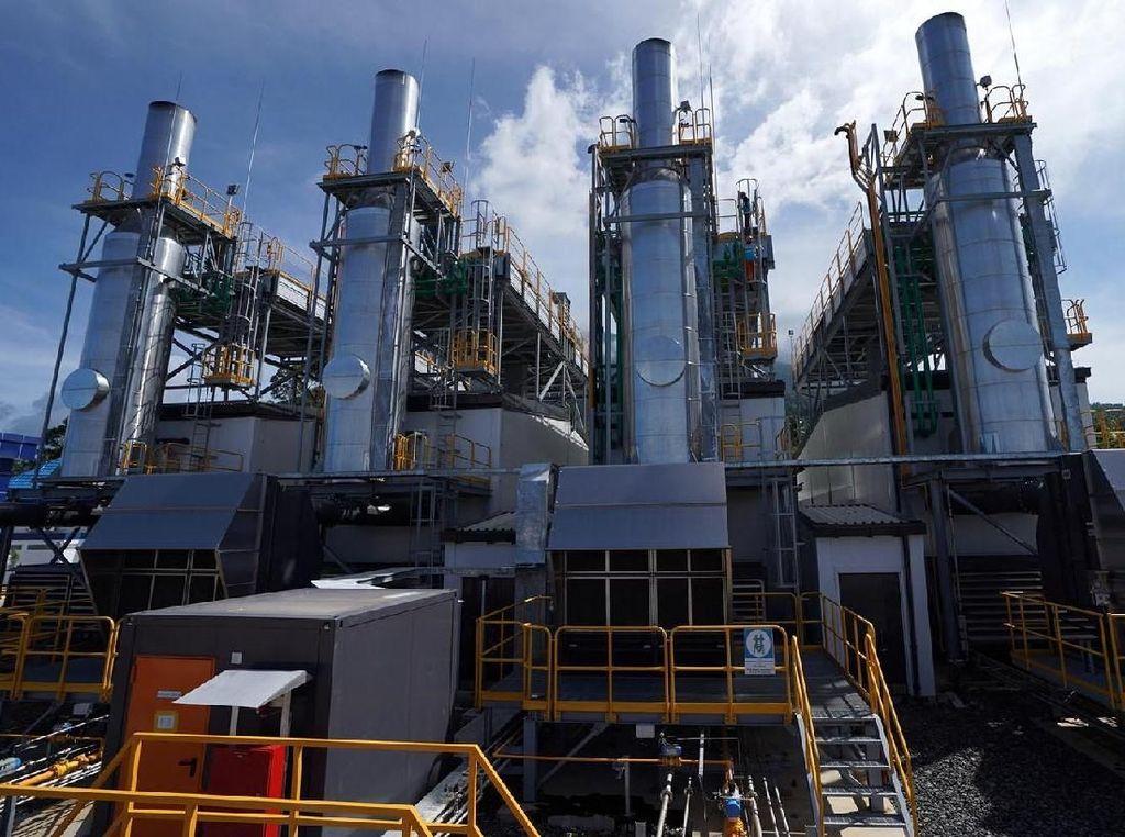 Program 35.000 MW yang dikerjakan pemerintah adalah upaya menopang dan mendorong terjadinya pertumbuhan ekonomi secara nasional, seperti mendorong munculnya pusat-pusat industri baru. Agus Trimukti/Humas PLN.