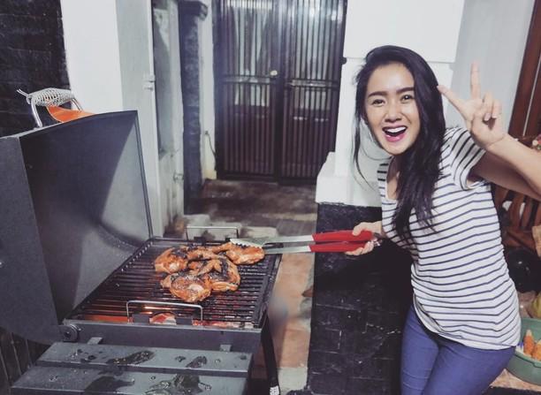 Selain Hobi Makan Seafood Ternyata Cita Citata Juga Suka Ngemil