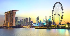 Pekerja Asing di Singapura Jeblok, Terparah dalam 15 Tahun
