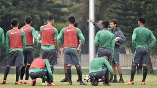 Gelandang Timnas Indonesia Tunggu Tim Kuat di Anniversary Cup