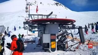 VIDEO: Lift Rusak di Resor Ski Georgia, Delapan Luka
