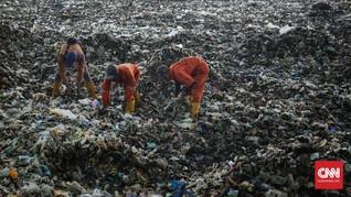 'Menteri Susi Suplai Jaring Cegah Sampah Pesisir Jakarta'