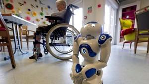 FOTO: Nao, Robot Penjaga Kakek-Nenek di Panti Jompo